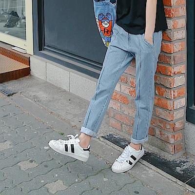 高含棉褲管抽鬚中縫線直筒牛仔褲-OB大尺碼
