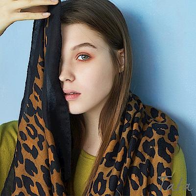 包邊豹紋圍巾 共二色 TATA
