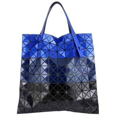 ISSEY MIYAKE 三宅一生BAOBAO三拼色方格10x10透光手提包(藍色/中)