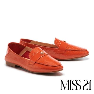 低跟鞋 MISS 21 精緻菱格紋品牌LOGO釦造型樂福低跟鞋-磚橘