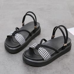 KEITH-WILL時尚鞋館 優雅簡約方釦式厚底涼鞋 黑