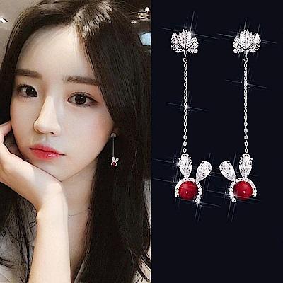 梨花HaNA 韓國925銀新年快樂Q萌兔子水鑽長耳環