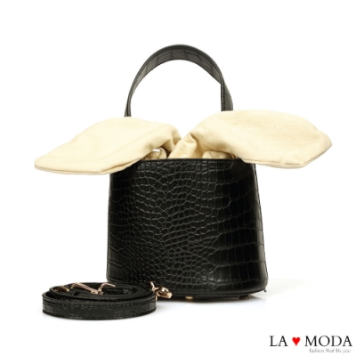 La Moda 創意滿點超CUTE大耳朵設計蛇紋壓紋面料肩背桶包(黑)