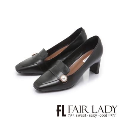 FAIR LADY 優雅小姐 經典方頭珍珠飾釦扁跟鞋 黑