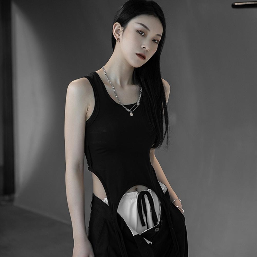設計所在Style-韓版設計師款個性兩穿百搭顯瘦背心 (黑色)