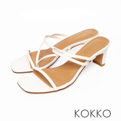 KOKKO方頭繞背細帶牛皮扁跟涼鞋椰奶白