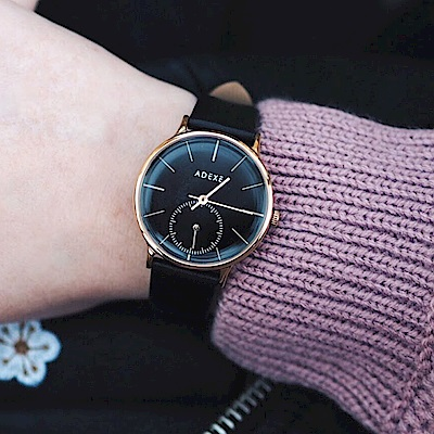 ADEXE 英國時尚手錶 Freerunner單眼系列 黑錶盤x玫瑰金錶框皮革錶帶33mm