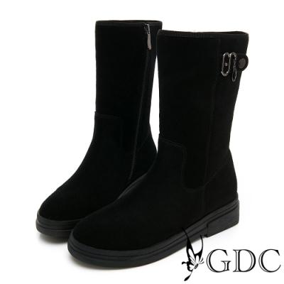 GDC-麂皮帥氣基本扣飾鋪絨秋冬中筒靴-黑色