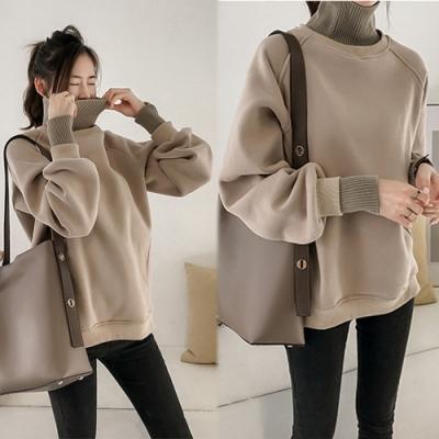 【韓國K.W.】(現貨)高領拿鐵色系寬鬆上衣-1色