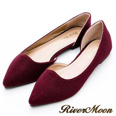 River&Moon大尺碼-素面斜紋亮蔥側挖空尖頭鞋-酒紅