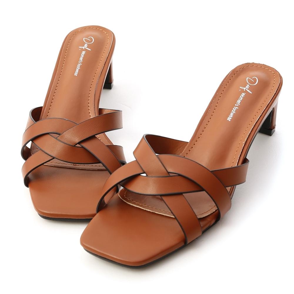 D+AF 迷人風尚.麻花編織方頭中跟拖鞋*棕