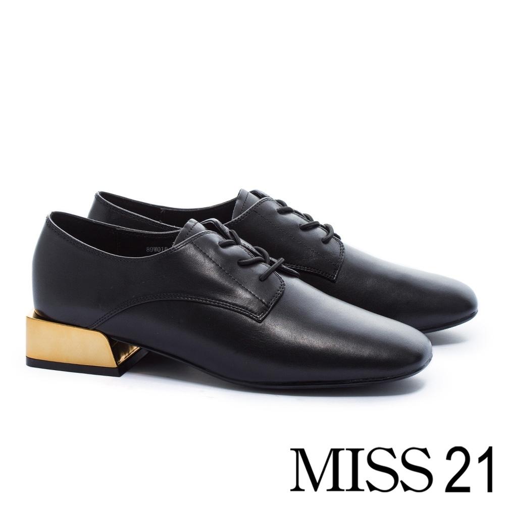 低跟鞋 MISS 21 中性復古積木造型跟牛皮綁帶方頭低跟鞋-黑