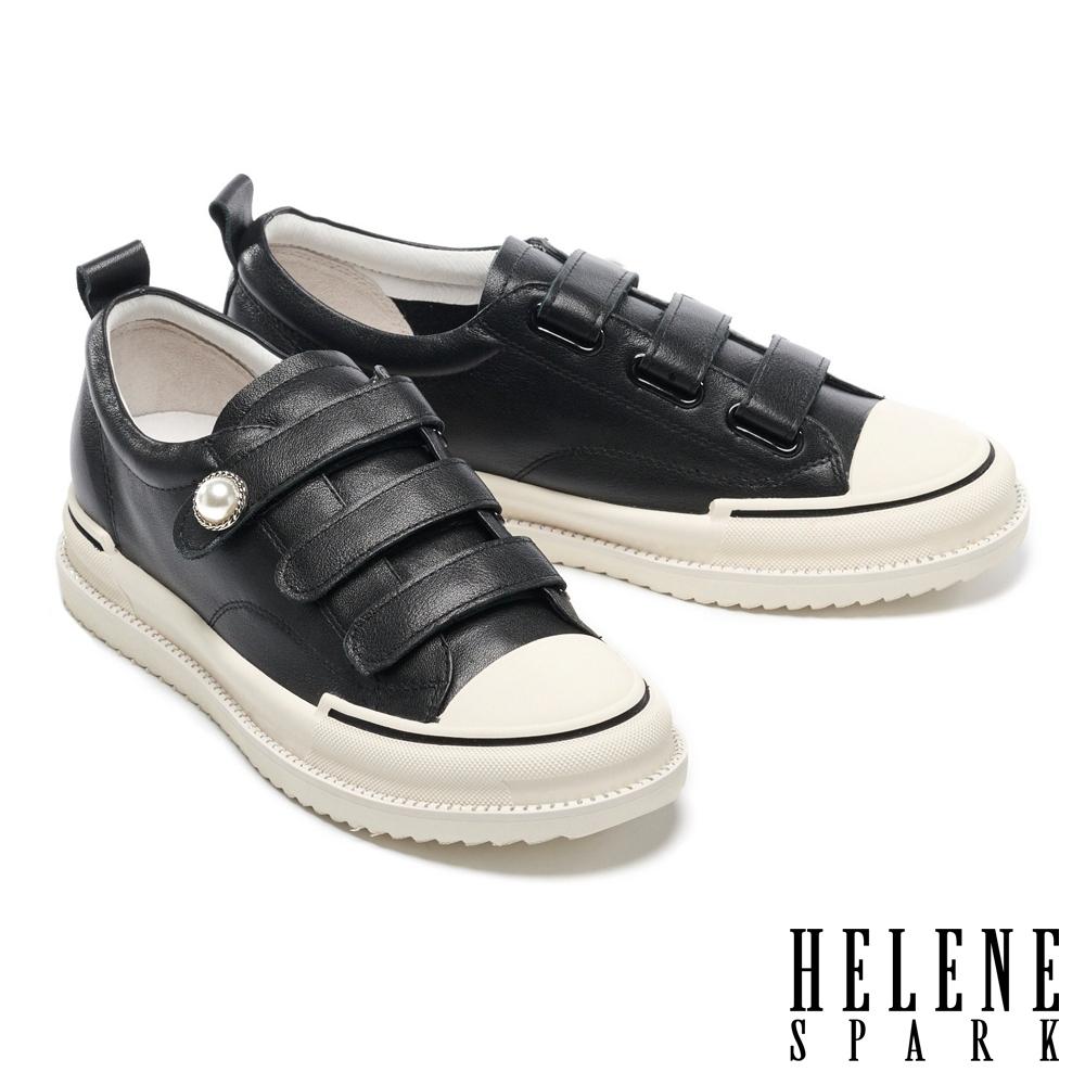 休閒鞋 HELENE SPARK 率性典雅珍珠晶鑽魔鬼氈厚底休閒鞋-黑