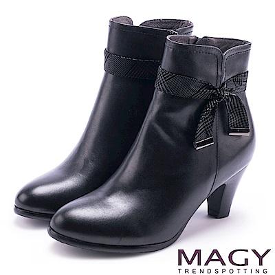 MAGY 秋冬甜美風 典雅格紋蝴蝶結牛皮短靴-黑色