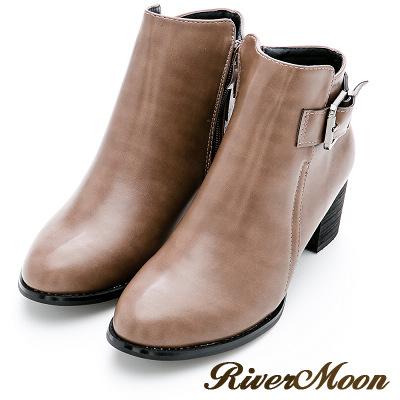 River&Moon大尺碼-質感側方釦中跟短靴-卡其灰