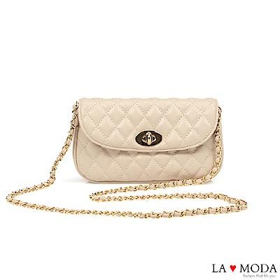 La Moda 約會不敗單品小香風菱格紋旋鈕兩用腰包鍊條包(白)