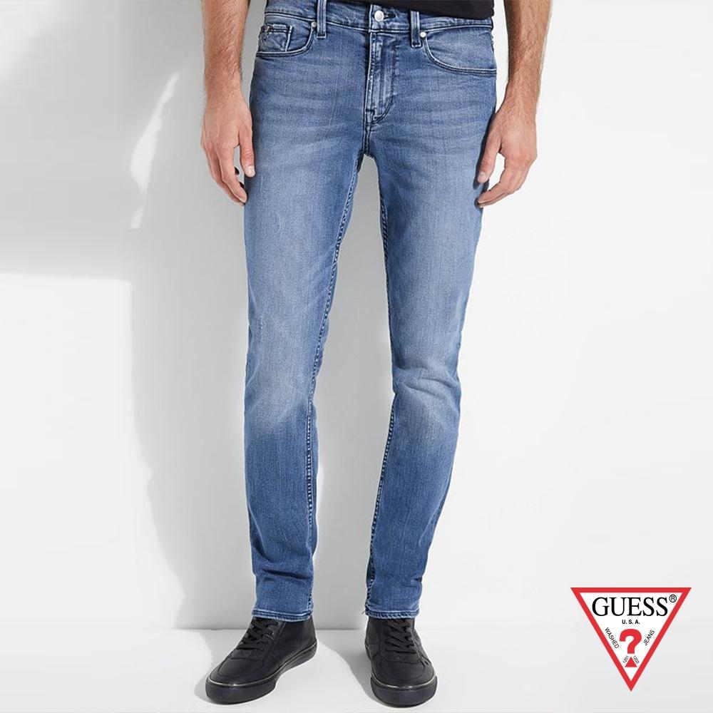 GUESS-男裝-刷白設計窄管牛仔褲-藍 原價3990