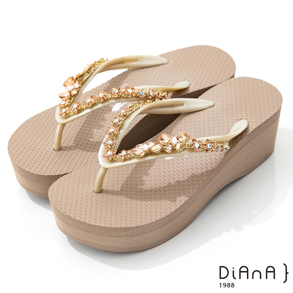 DIANA 6cm 進口波莉水鑽x高密度橡膠夾腳海攤拖鞋-豔夏時尚-米