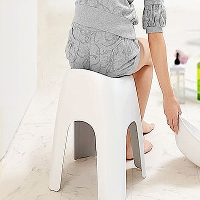 日本ASVEL 沐浴專用40公分安全坐椅(白色)