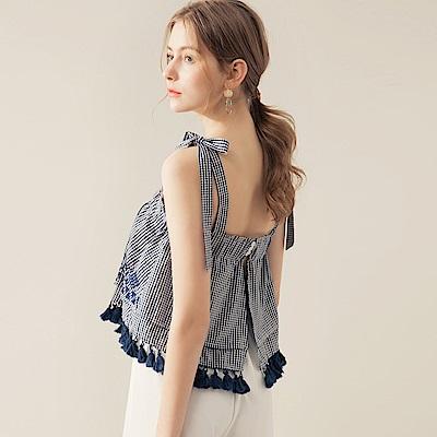 AIR SPACE 蝴蝶肩綁帶刺繡格紋上衣(深藍)