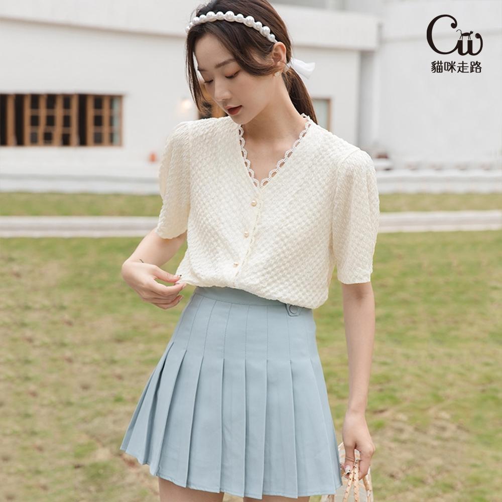 [CW.貓咪走路]復古女孩花邊V領氣質襯衫(KDT-11021) (杏色)