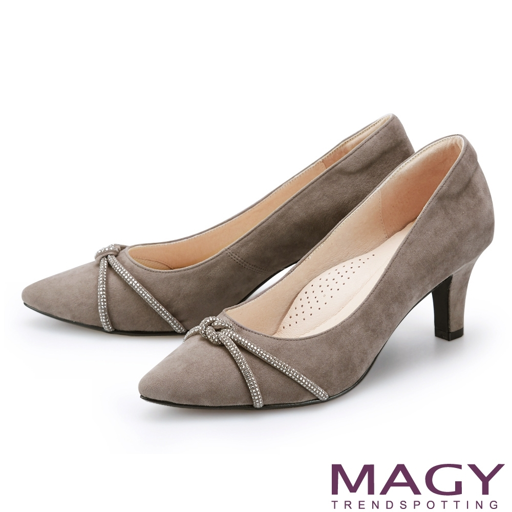 MAGY 水鑽條飾絨布尖頭 女 高跟鞋 灰色