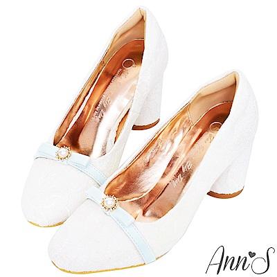 Ann'S優雅法式-蕾絲蝴蝶結珍珠高跟婚鞋-白