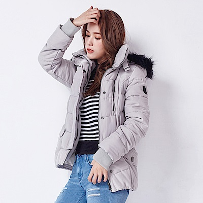 Victoria 大圓釦羅紋口袋連帽充棉外套-女-淺灰