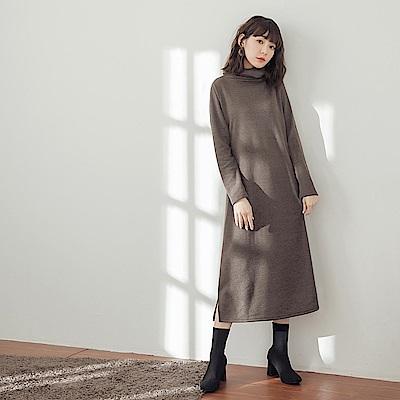 純色高領磨毛洋裝-OB大尺碼