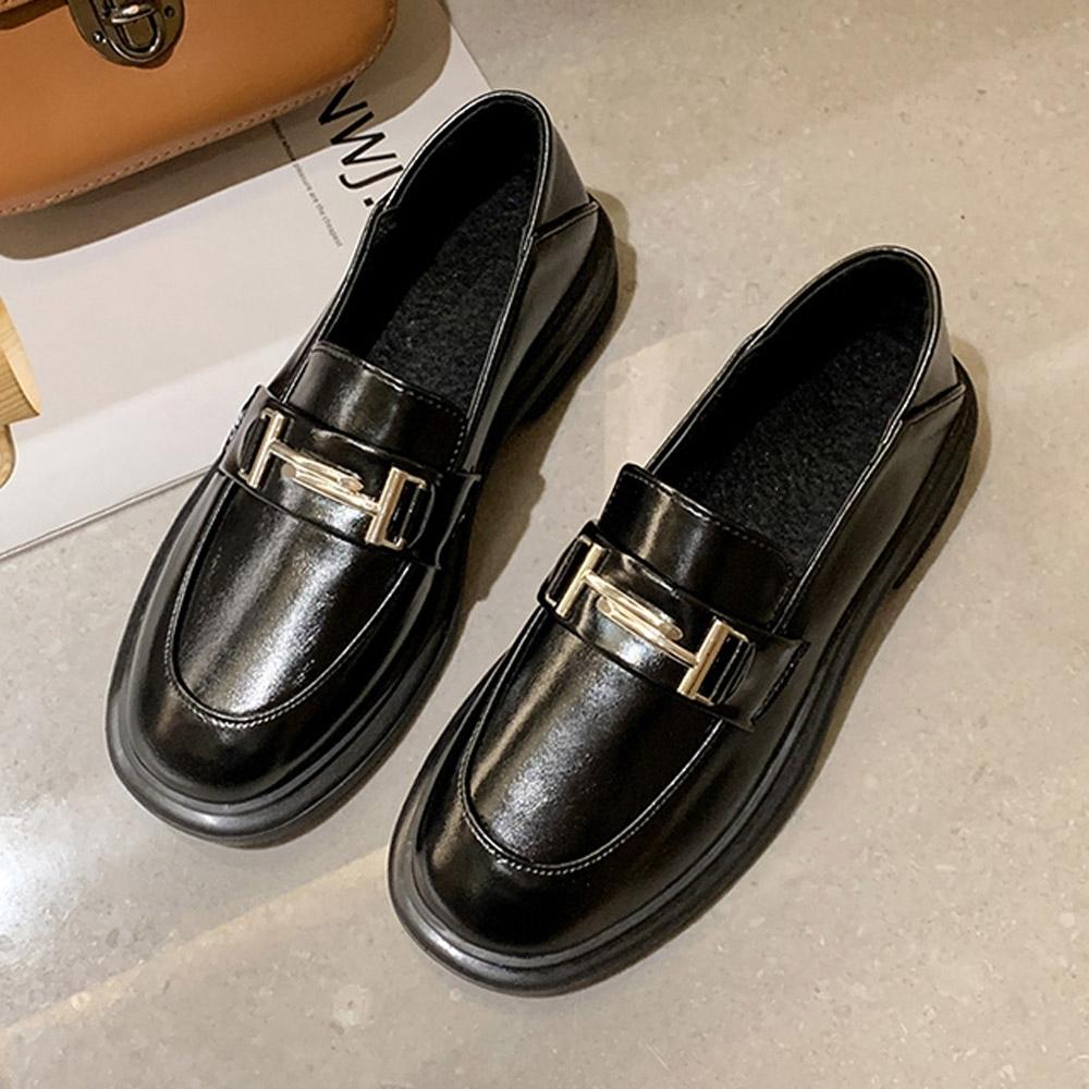韓國KW美鞋館-(現貨)韓時尚完美英倫自然樂福鞋(共1色) (黑色)