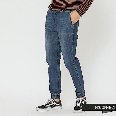 H:CONNECT 韓國品牌 男裝-鬆緊綁帶牛仔束口褲-藍