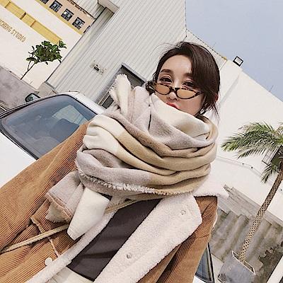 梨花HaNA 韓國崇尚極簡OL寬格紋圍巾