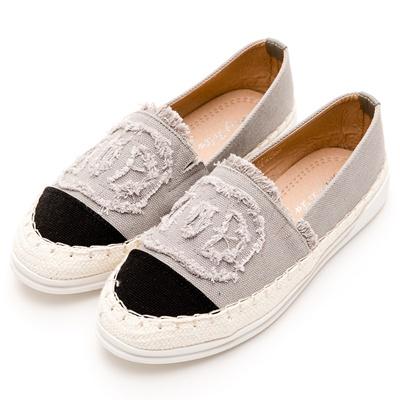 River&Moon中大尺碼-小香單寧麻編豆豆休閒鞋-灰