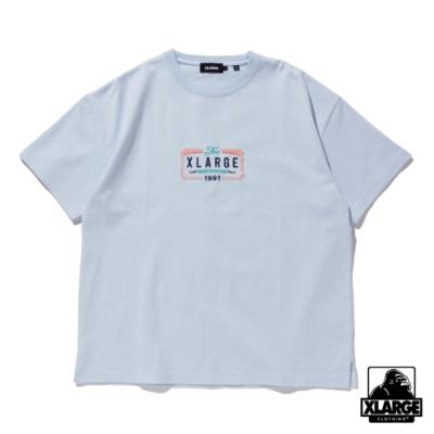 XLARGE S/S HEAVYWEIGHT TEE BILLBOARD 刺繡重磅短T-藍