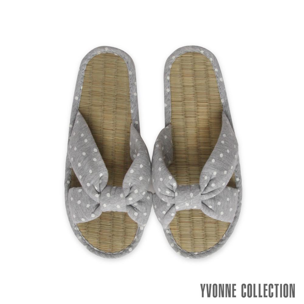 Yvonne Collection以旺 點點交叉藺草拖鞋-淺灰L