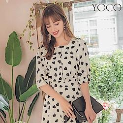 東京著衣-YOCO 法式浪漫滿版愛心排扣方領公主袖上衣-S.M.L