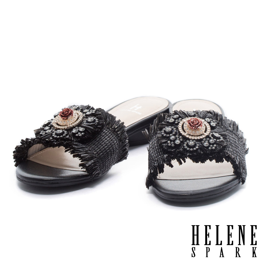 拖鞋 HELENE SPARK 華麗時尚異國風情手工花飾編織低跟拖鞋-黑