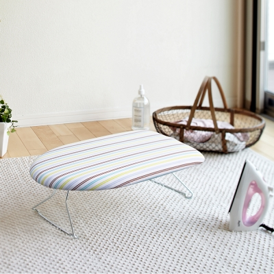 YAMAZAKI圓弧桌上型輕巧燙衣板-直條紋