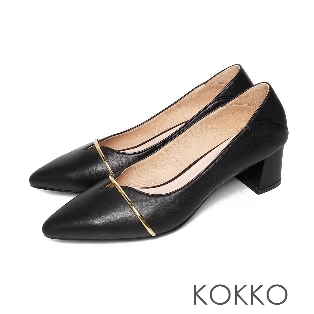 KOKKO尖頭輕柔綿羊皮金屬條方塊粗跟鞋霧黑色