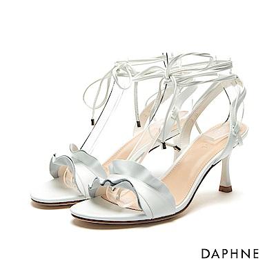 達芙妮DAPHNE涼鞋-波浪荷葉邊細繩綁帶一字高跟涼鞋-白