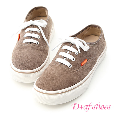 D+AF 自在秋氛.舒適絨料綁帶休閒鞋*棕