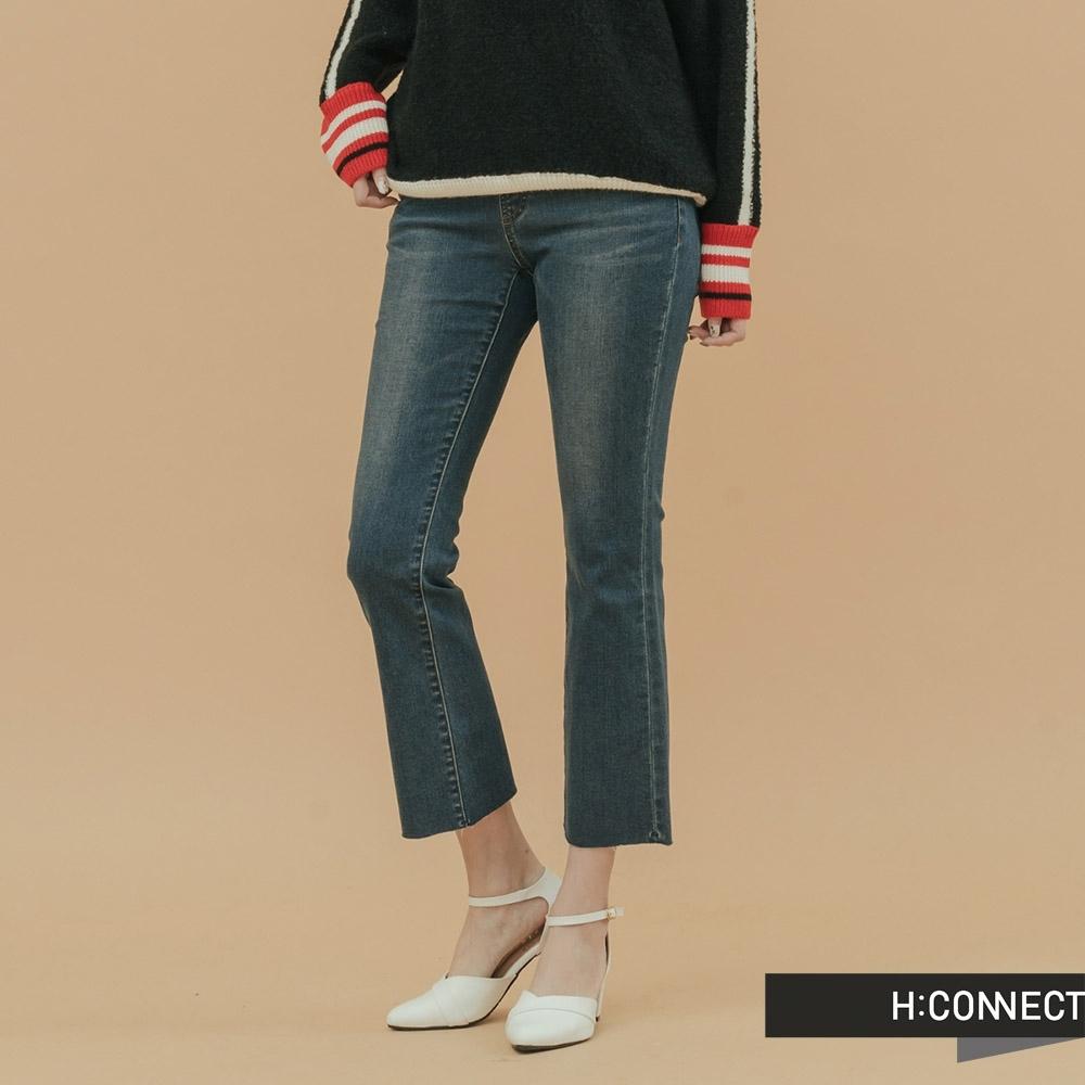 H:CONNECT 韓國品牌 女裝-微彈性小喇叭牛仔褲-藍