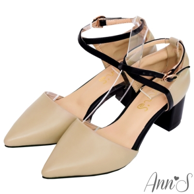 Ann'S綻放優雅-顯瘦交叉繫帶粗跟尖頭鞋-杏