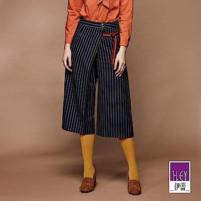 ILEY伊蕾 配色織帶條紋七分寬褲(藍)