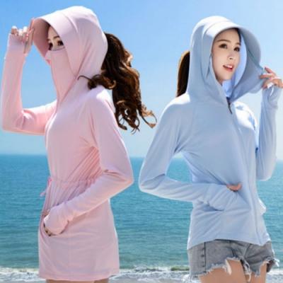 La Belleza涼感防紫外線薄款透氣冰絲防曬拼接大帽子拉鍊外套