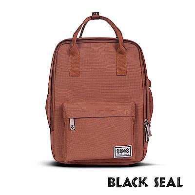 BLACK SEAL 聯名8848系列-多隔層休閒小方型後背包-咖啡BS83008