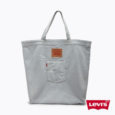 Levis 男女同款 丹寧托特包 / 經典後口袋設計 / 質感洗舊工藝 / 回收再造丹寧