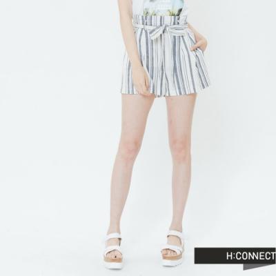 H:CONNECT 韓國品牌 女裝-腰鬆緊綁結直條短褲-藍