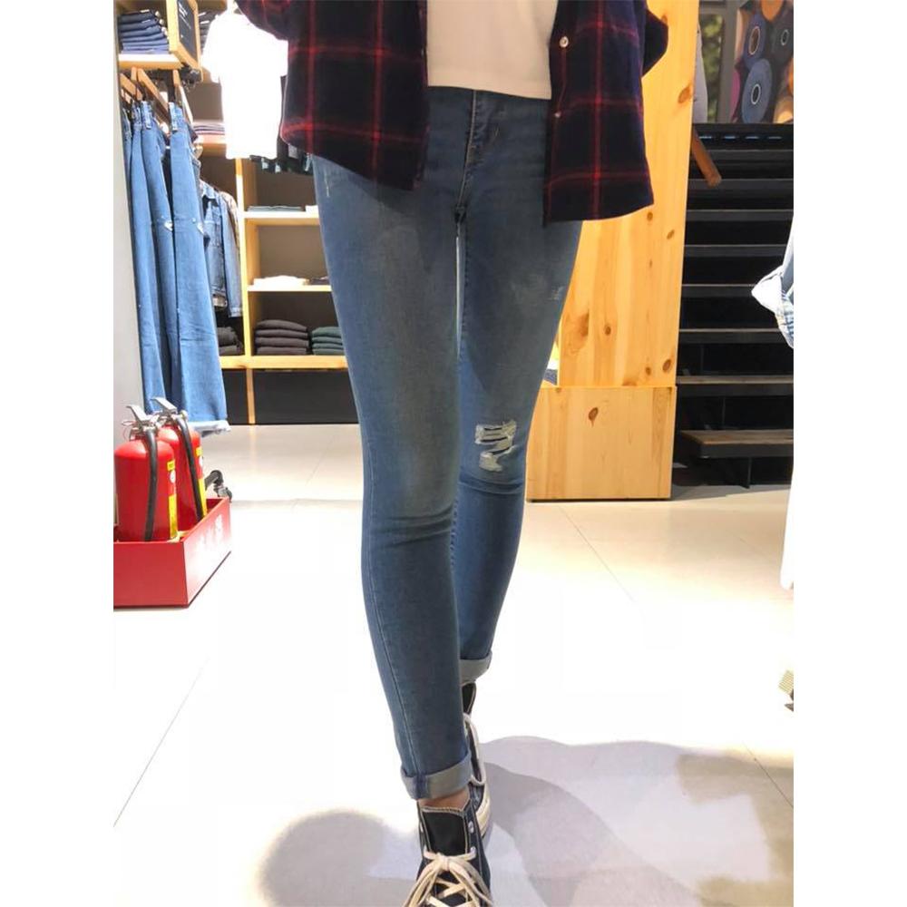 Levis 女款 Revel 中腰緊身提臀牛仔長褲 超彈力塑型布料 刷破