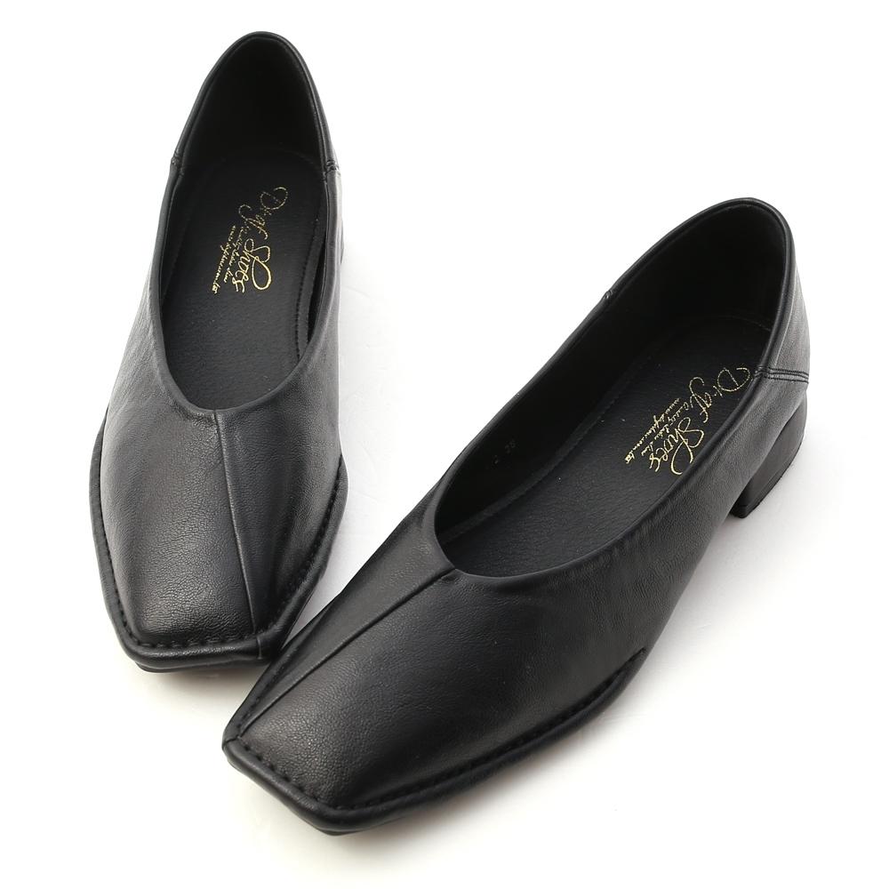 D+AF 甜甜淡淡.超軟V口素面包鞋*黑